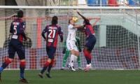 Allo Scida finisce 4-1, travolto il Benevento di Inzaghi.